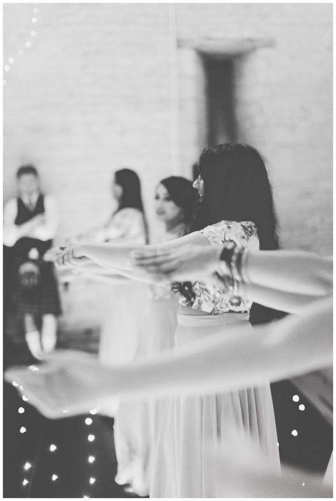 hands dancing